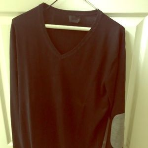 Black vneck pullover with gray patches